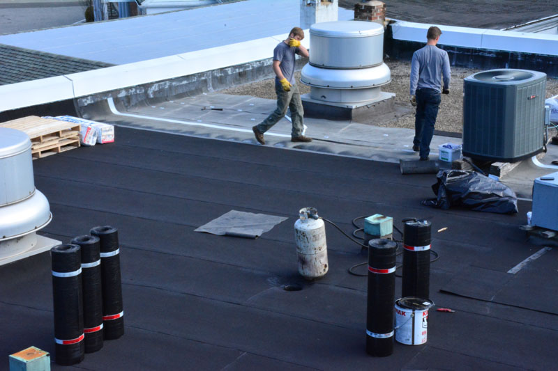 Installing a Rubber roof over gravel - Wilton