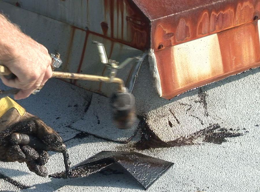 Flashin curb with Modified Bitumen Membrane